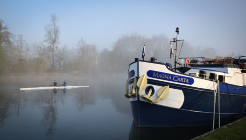 rowers on a misty morning in Remenham